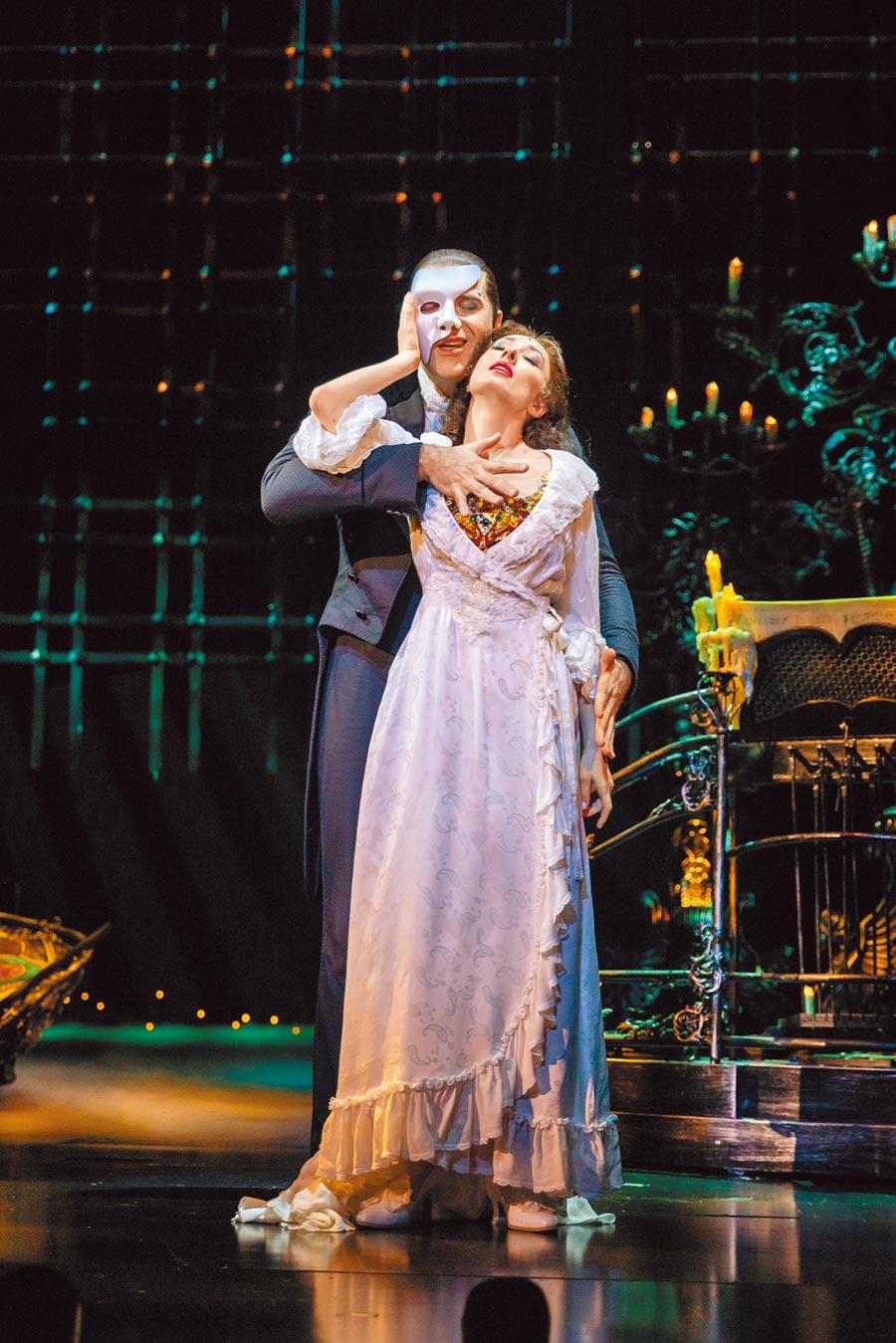 《歌劇魅影》已活躍超過30年,是劇迷此生首要必看音樂劇。(寬宏藝術提供)