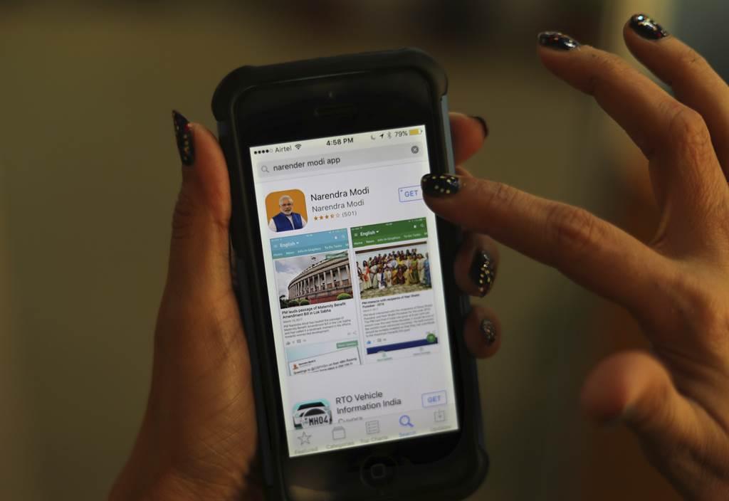 大陸智慧手機在印度有76%市佔率,網路平台與新創企業也到處都是陸資的影子,這種產業狀況要談抵制陸貨相當困難。(圖/美聯社)