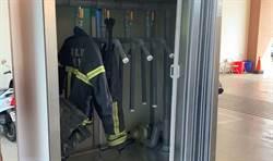 告別潮溼黏膩感 通霄消防分隊獲義消捐贈乾衣機