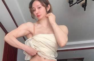 「最美中醫」袁合榮挺酥胸脫白袍!唯美孕照曝光