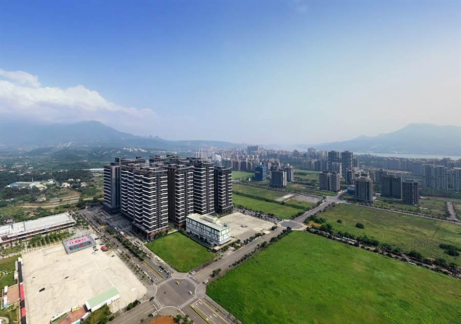 淡海新市鎮海景第一排的「海上皇宮」將於今年完工。/圖由業者提供
