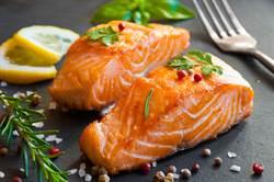 鮭魚為何不是新冠感染源?醫解密:少了特殊「天菜」