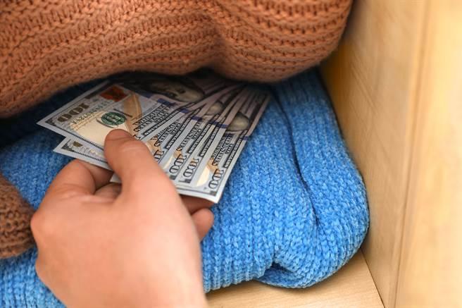 存了3年的私房錢,金額多達10萬人民幣(示意圖/達志影像)