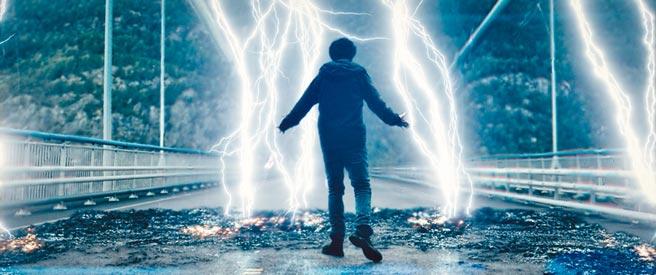 《超能追緝》拍攝北歐神話雷神的起源。(采昌提供)