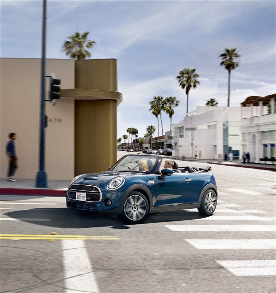 限量MINI CABRIO SIDEWALK EDITION耀眼上市
