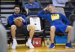 NBA》開長途車探班浪花弟 科爾超滿意
