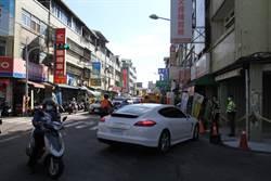 隨地還車?600萬租賃保時捷跑車 丟包彰化市區路口