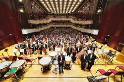 呂紹嘉在NSO的最終場音樂會 2千名觀眾戴口罩聆聽