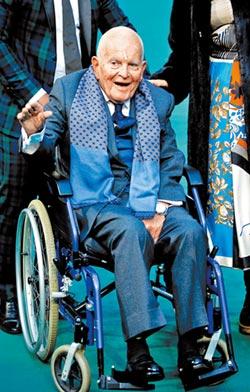 《魔戒》哈比人伊恩霍姆88歲辭世
