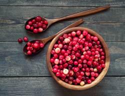 夏天最怕泌尿道感染!除了蔓越莓 還要多吃這3種食物
