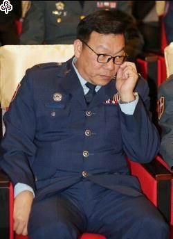 國防部公布將官晉升名單  5員晉任中將、15員晉任少將