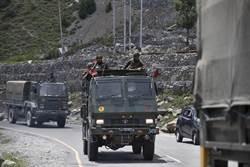 丟掉冷兵器 印媒:印將允許邊界駐軍對解放軍用槍