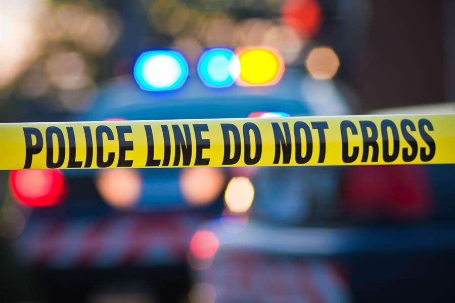 德州發生5人受傷槍擊案,圖為警方封鎖現場示意圖。(達志影像/Shutterstock)