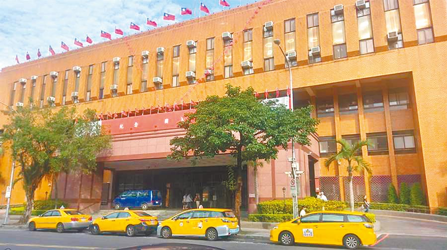 網友散布蔡英文總統作票影片,法官不罰,警方改依侮辱公署罪移送台北地檢署。(本報資料照片)
