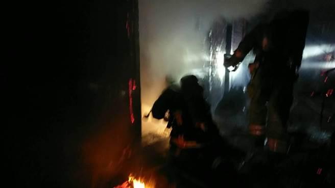 關廟民宅傳出火警釀4命。(台南市消防局提供/曹婷婷台南傳真)