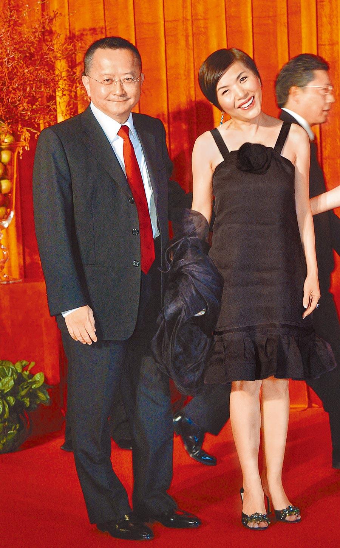張清芳(右)與宋學仁結婚15年感情一直相當甜蜜。(資料照片)