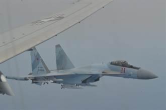 美國P-8A巡邏機進入黑海 俄羅斯Su-27攔截