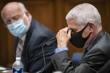 反駁川普!CDC主管:美被病毒打到下跪  防疫成效恐歸零