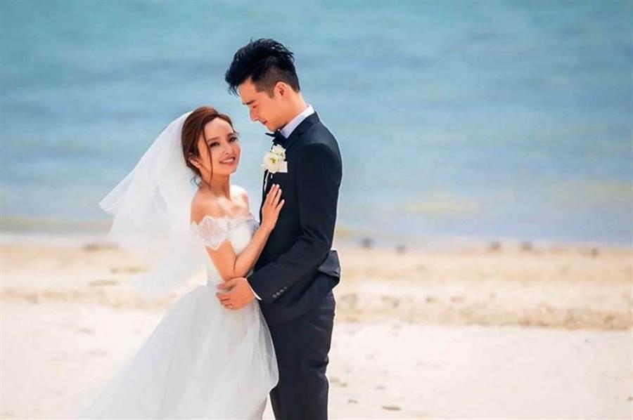 爱纱与周洺甫的婚姻,曾被称为是「公主和王子的童话」,但最后仍破灭。(图/翻摄自脸书)