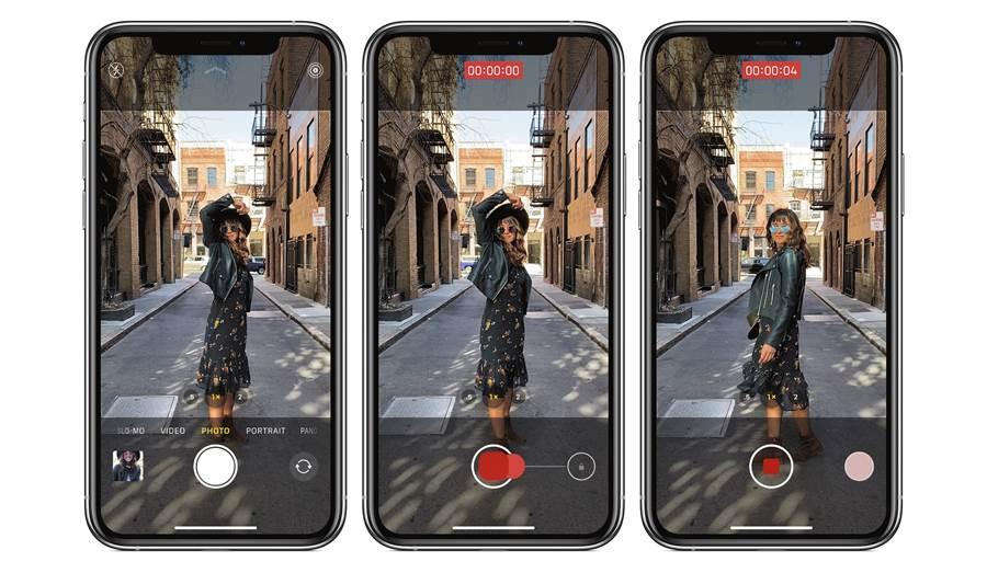 原本僅讓iPhone 11 系列獨享的 QuickTake 相機功能,在升級到 iOS 14 後,iPhone XS 系列以及 iPhone XR 也可支援。(摘自蘋果官網)