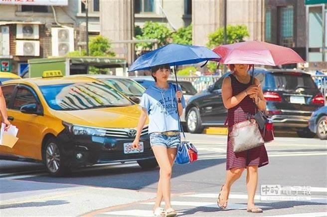 對於台北之所以能頻頻刷新六月紀錄,天氣風險管理公司總監賈新興指出,主要有3個關鍵原因。(本報系資料照)