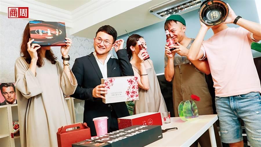 卡個位執行長:王耀誠(左2)(攝影者:陳宗怡)