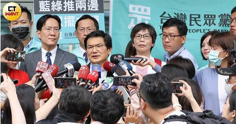 民眾黨徵召吳益政投入高雄市長補選,將於本周日成立競選團隊。(圖/宋岱融攝)