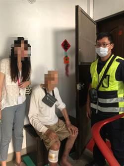 九旬老翁不耐酷熱癱倒在地 警細心照護協助返家