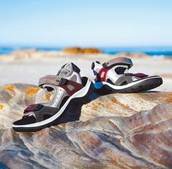 機能材質衣鞋 戶外活動涼伴