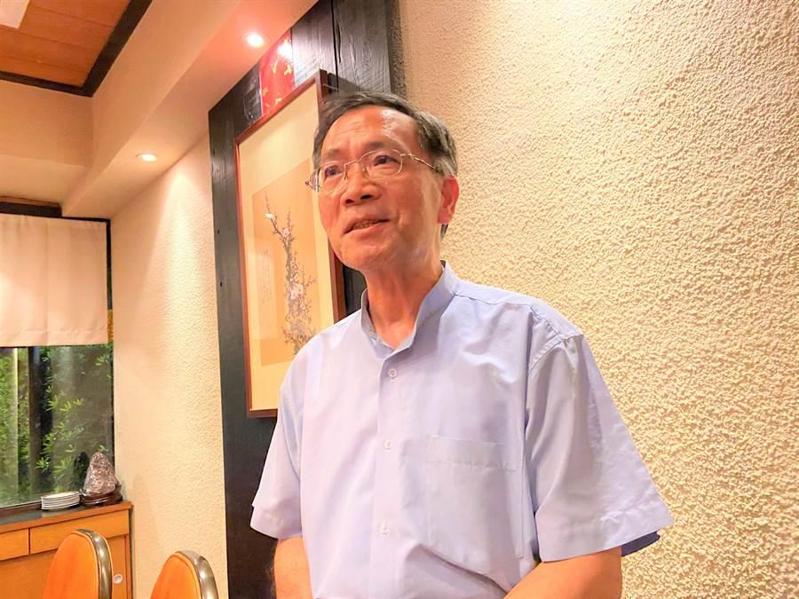 台北市副市長蔡炳坤是否代表民眾黨參選下屆台中市長?他表示,「目前言之過早」,但並未否認參選的可能性。(盧金足攝)