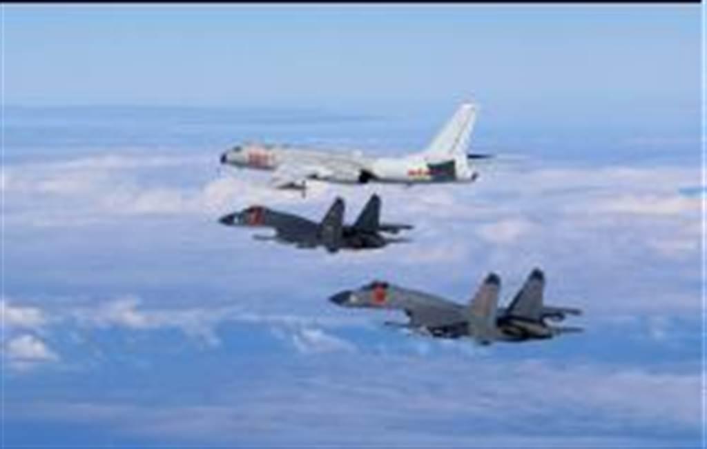 中共解放軍空軍多型戰機遠海訓練。(新華社)