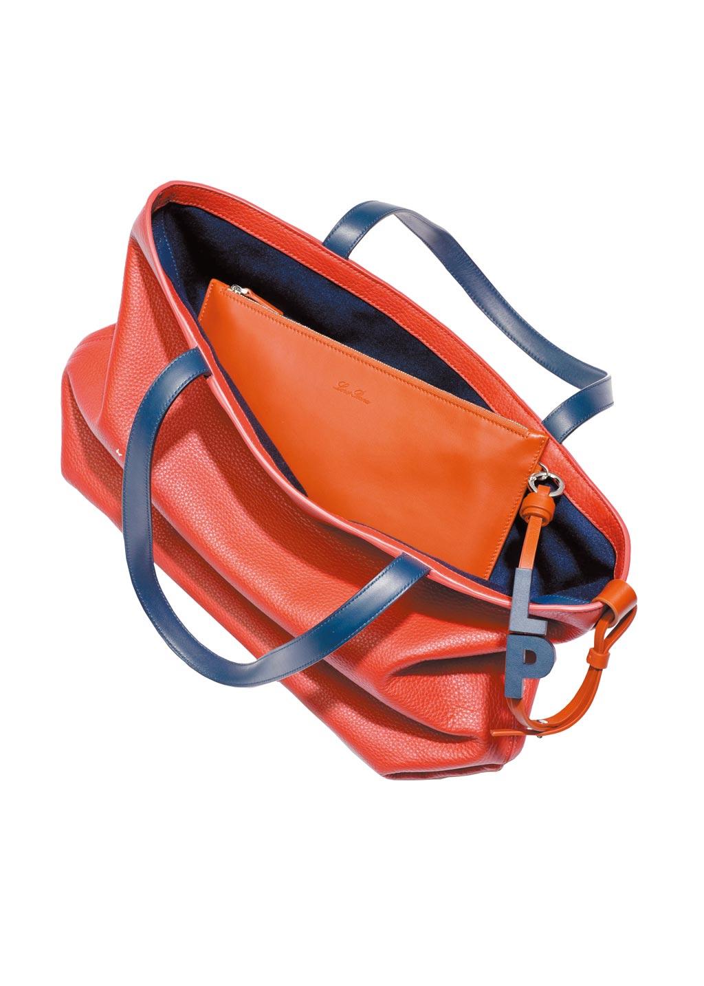 Loro Piana Inside Out可供雙面使用是其最大特色之一。(Loro Piana提供)