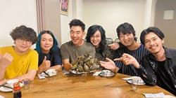 任賢齊嗑粽慶54歲 洩賽龍舟暈船