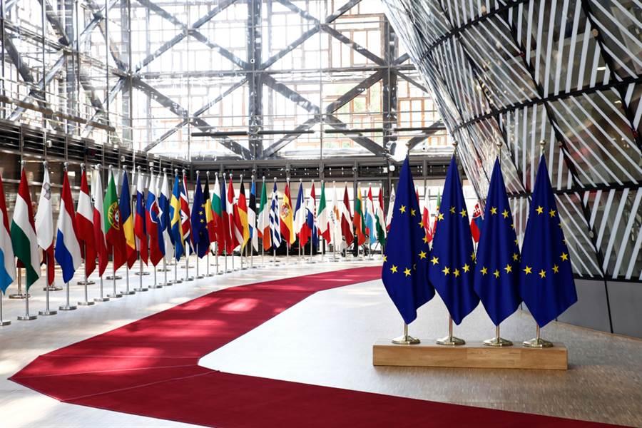 歐盟首波開放邊境的國家名單,亞洲只有開放日本、韓國、泰國三個國家,台灣未列其中。(示意圖/Shutterstock)