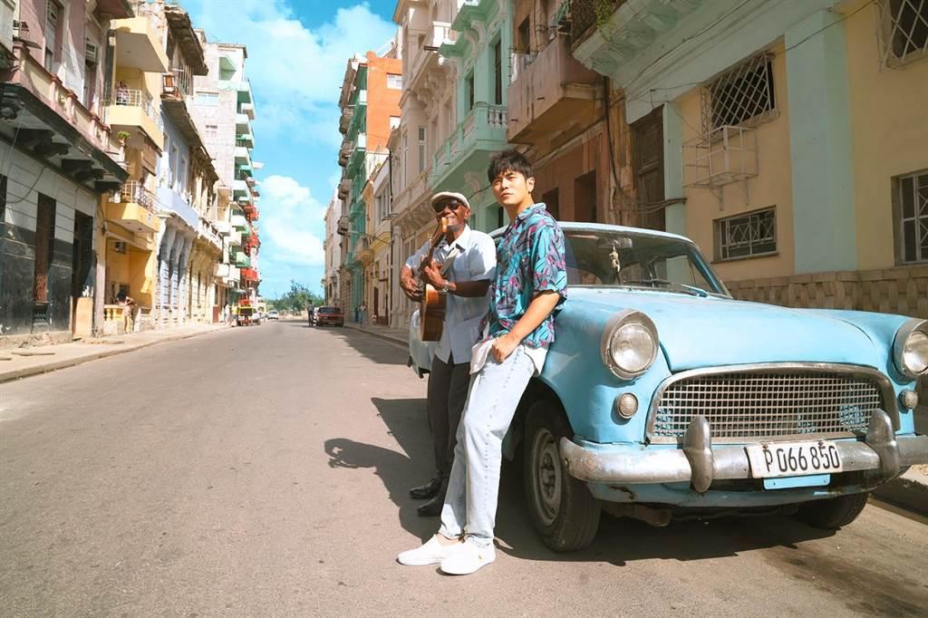 周杰倫的新歌〈Mojito〉大受歡迎,人氣更上一層樓。(杰威爾提供)