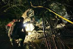 台東公主道火燒車2焦屍 警研判車速過快失控自撞