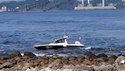 遊艇夜遊擱淺基隆嶼 2男1女受困獲救