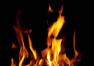 台東深夜火燒車 車內2人成焦屍 身分性別難辨識
