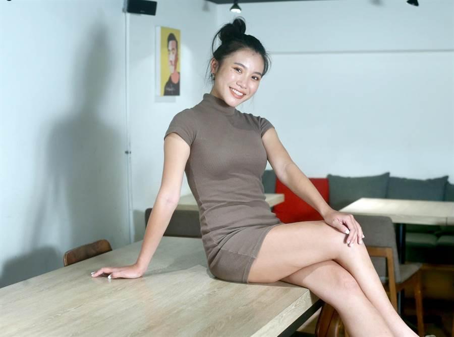 郭雅茹從小愛表演,參加無數試鏡終於圓夢獲簽約。(粘耿豪攝)
