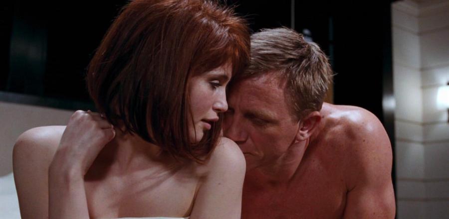 潔瑪雅特頓在《007量子危機》美艷龐德女郎。(摘自IMDb)