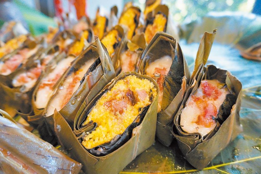 音樂家胡德夫將在「趣淘漫旅台東」打造原住民餐廳,端出當地原住民的特色料理,如傳統經典美食「阿拜」。(何書青攝)