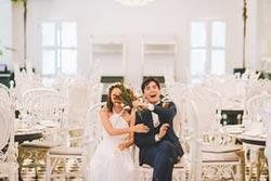 何維健線上婚禮大鑽戒套牢妻