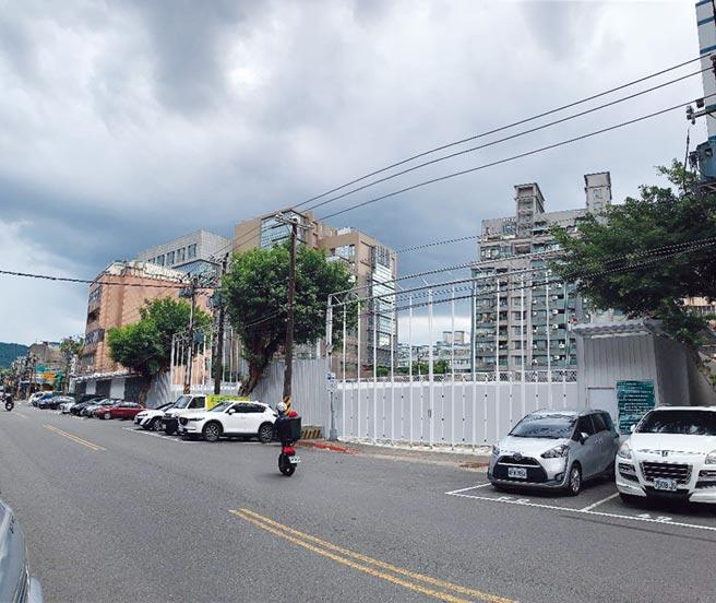 遠雄企業集團「遠雄宜進I-CITY」大案首度打破近半世紀自家建案自行銷售的傳統,初試啼聲委外銷售。圖/蔡惠芳