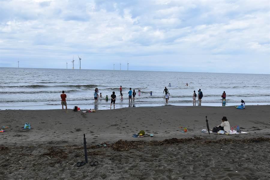 竹南假日之森海濱已成中部海上運動的重要據點。(謝明俊攝)