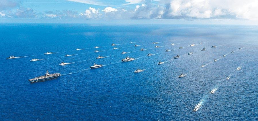 台灣可能以觀察員身分參與環太軍演,圖為2014環太軍演。(取自美國海軍官網)