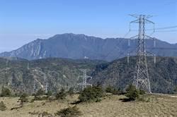 登山客攀卓社大山失足墜深谷 出動直升機救援