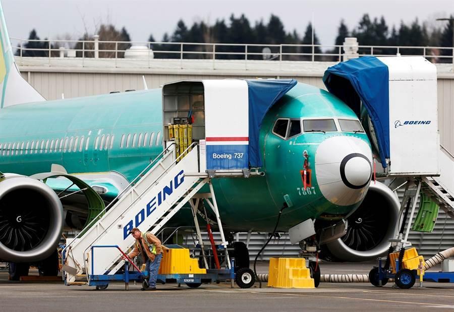 美國股市在波音獲准可以開始對737 Max 飛機進行認證測試的利多帶領下,道瓊大漲580點。(圖/路透社)
