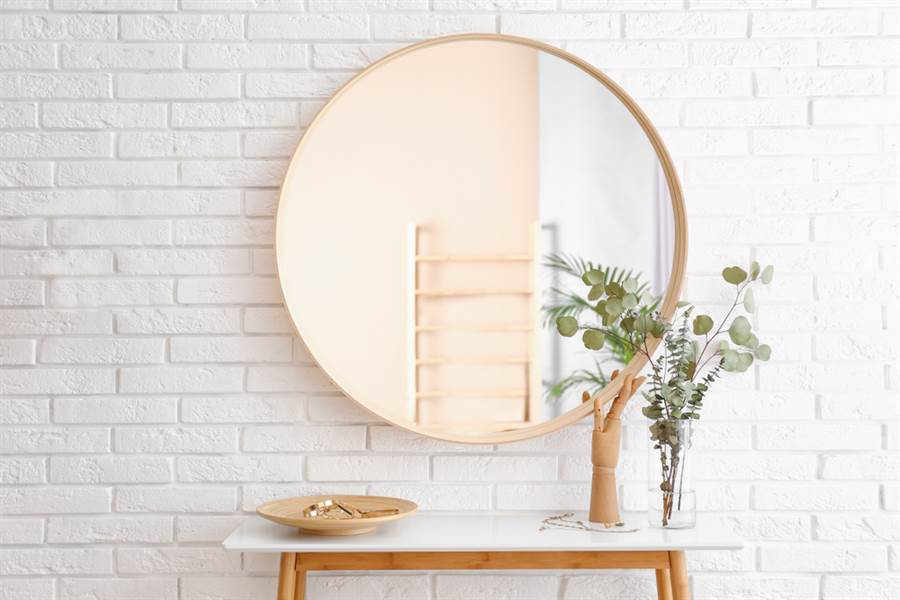 家中最不該放鏡子的4處禁地!擺錯倒楣事恐接不完。(示意圖/達志影像)