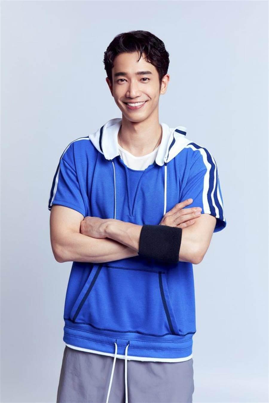 劉以豪25歲因僵直性脊椎炎而放棄打球。(劉以豪經紀公司提供)