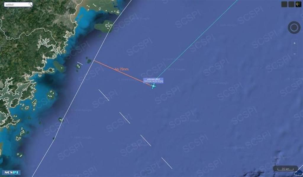 大陸民間網站推特昨指美軍機過台海中線,一度距離中國海岸基準線還不到45海里,空軍正式發新聞稿否認。圖SCS Probing Initiative